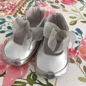 Stuart Weitzman Baby silver dress shoe